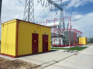Betonowe i metalowe obudowy stacji energetycznych - przykład